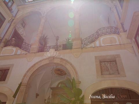 蒙雷阿莱大教堂旅游景点图片