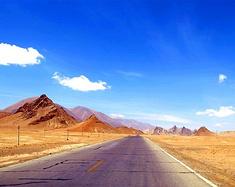 自驾在阿里的美景里