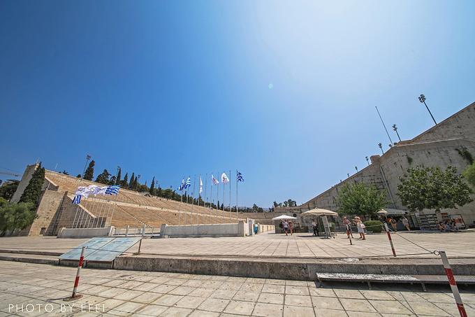 泛雅典娜体育场图片