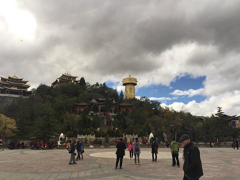 月光广场旅游景点攻略图