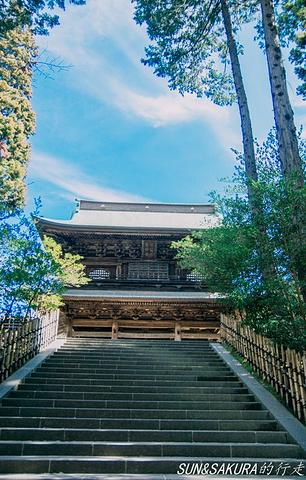 """""""圆觉寺建于1282年,是禅宗临济宗中的圆觉教派的主要寺庙,在镰仓五禅寺中名列第二。_圆觉寺""""的评论图片"""