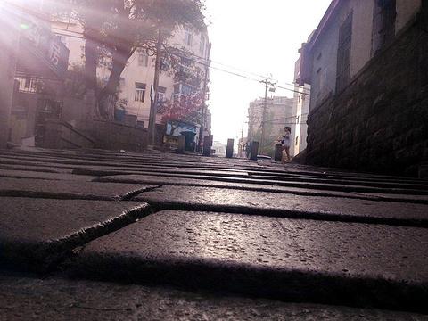 青岛老城区旅游景点图片