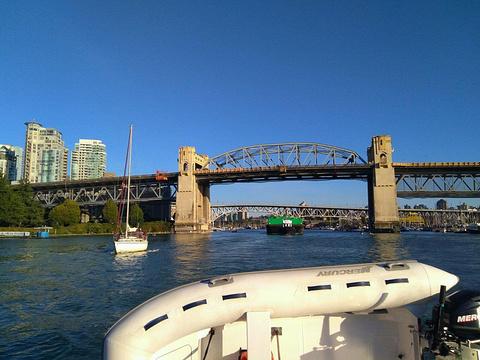 巴拉德街大桥旅游景点攻略图