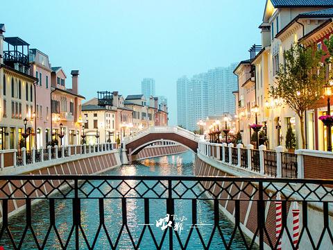 佛罗伦萨小镇京津名品奥特莱斯旅游景点图片