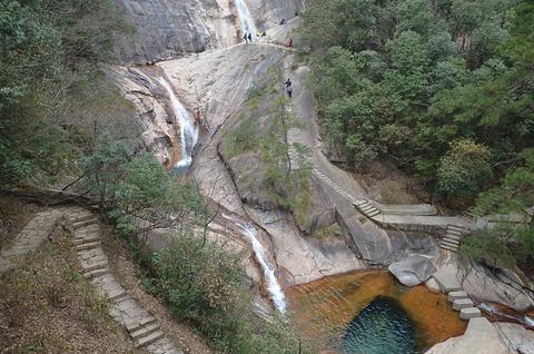 九龙瀑的图片