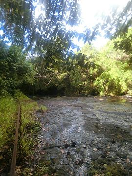 巴拉吴瀑布旅游景点攻略图