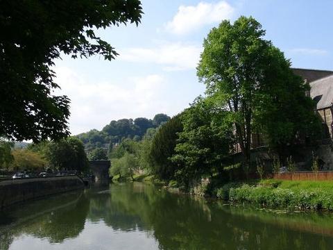 埃文河旅游景点图片