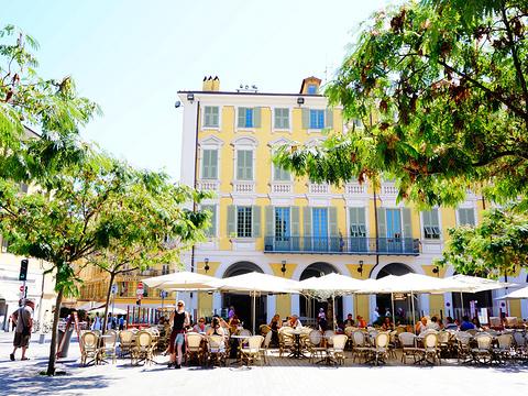 马塞纳广场旅游景点图片