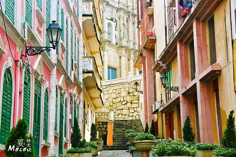 恋爱巷的图片