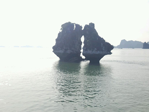 斗鸡石旅游景点图片