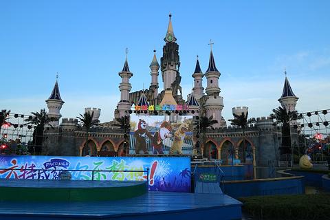 卡通城堡旅游景点攻略图