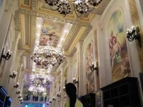 光谷多莫大教堂旅游景点图片