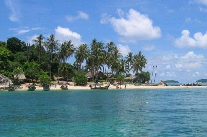 """""""金沙岛的沙滩是一个观看日出日落的最佳场所。在金沙岛上,在这里,你可以自由自在的欣赏芭提雅的美景_金沙岛""""的评论图片"""
