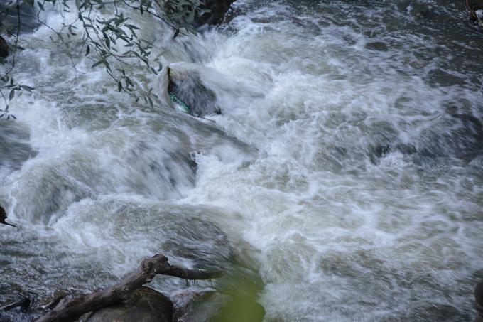 叠水河瀑布图片