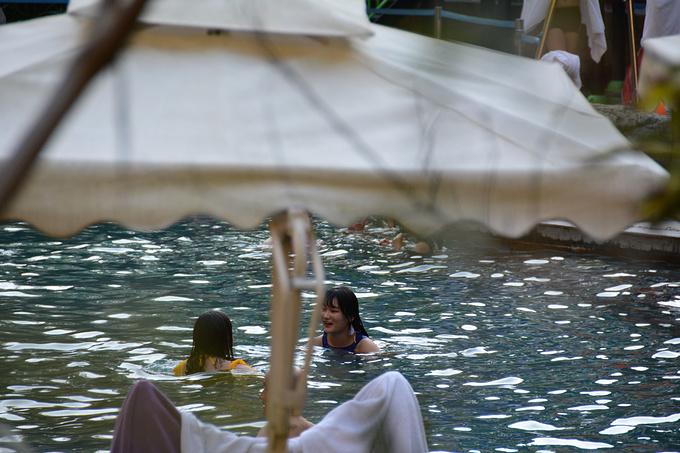 腾冲热海温泉景区图片