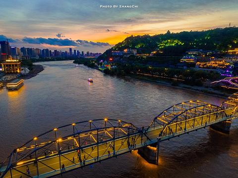 黄河铁桥旅游景点图片