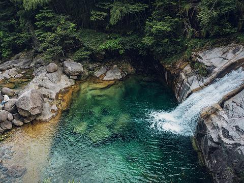翡翠谷旅游景点图片