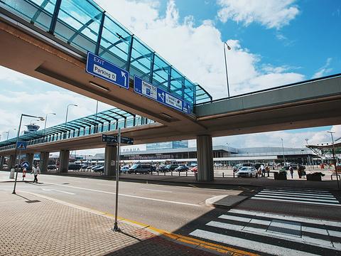 布拉格机场旅游景点图片