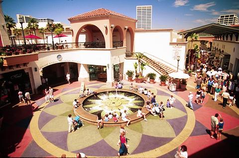 时尚岛购物中心