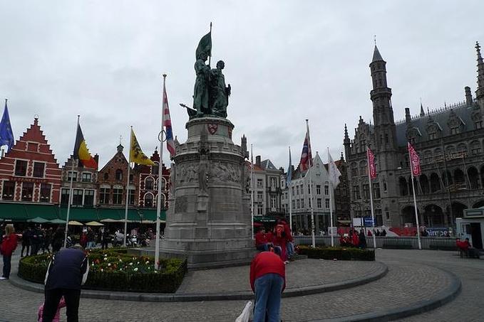 市集广场图片