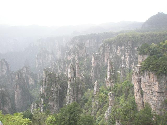 """""""一份仙境,曾有""""张家界归来不看山""""一说,因为阿凡达电影的取景关系,更是让张家界的山增添了一份浓..._张家界国家森林公园""""的评论图片"""
