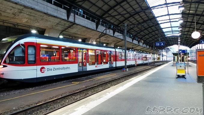 卢塞恩火车站图片