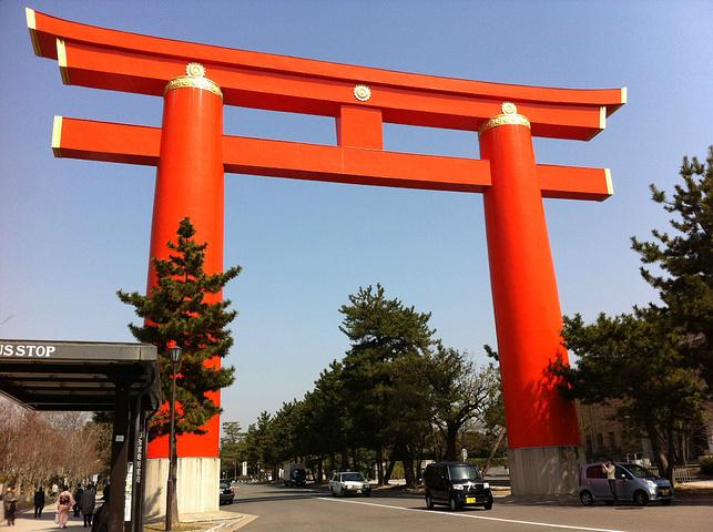 """""""作为京都千年历史的见证,必须要来平安神宫看看啊。不过还是京都御苑比较厉害啦_平安神宫""""的评论图片"""