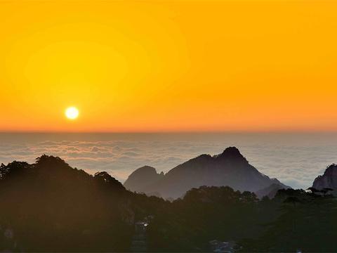 丹霞峰旅游景点图片