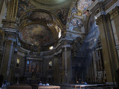 耶稣与圣母教堂旅游景点图片