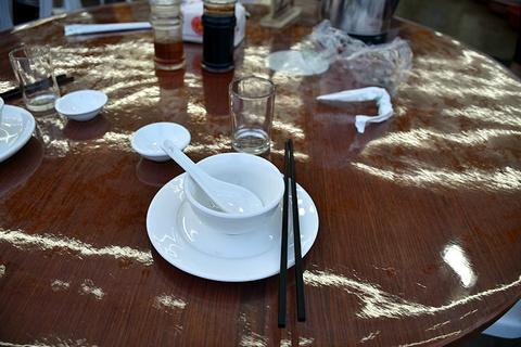 食上海鲜餐厅旅游景点攻略图