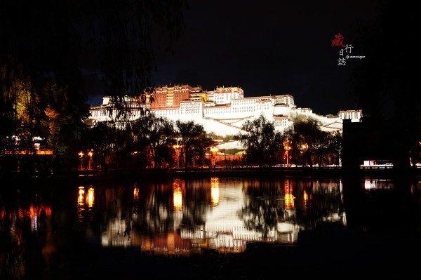 布达拉宫广场图片