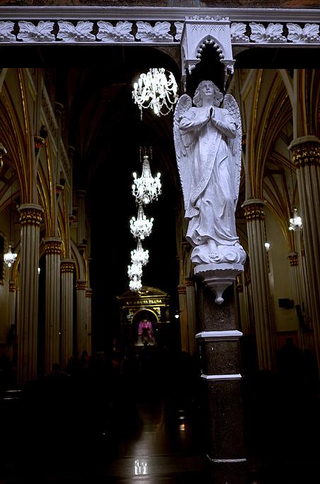 美洲 哥伦比亚 纳里尼奥省 伊皮亚莱斯市 拉斯拉哈斯教堂 - 西部落叶 - 《西部落叶》· 余文博客