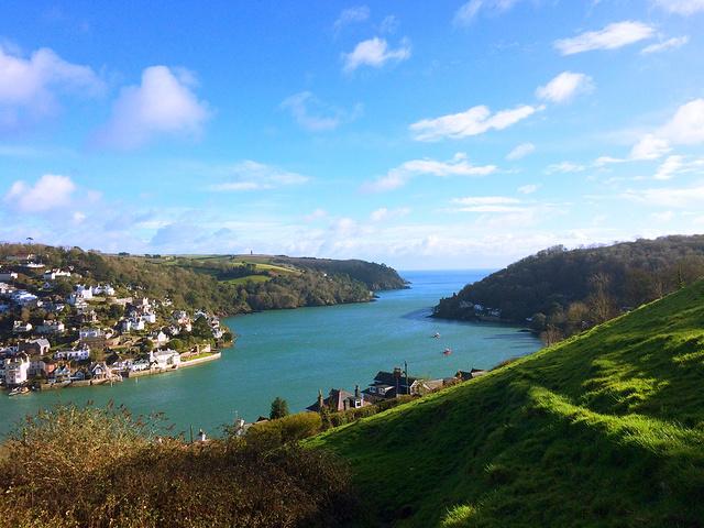 """""""下午的海真是美丽极了。小城历史悠久,在诗人乔叟的坎特伯雷故事集中,达特茅斯就是朝圣路上的一站_达特茅斯""""的评论图片"""