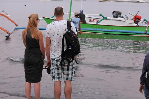 罗威纳海滩旅游景点攻略图