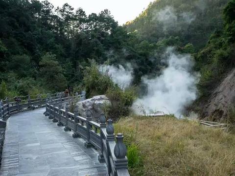 武山温泉旅游景点图片