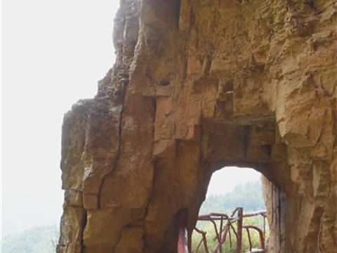 悬崖栈道旅游景点图片