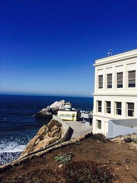 悬崖小屋的图片