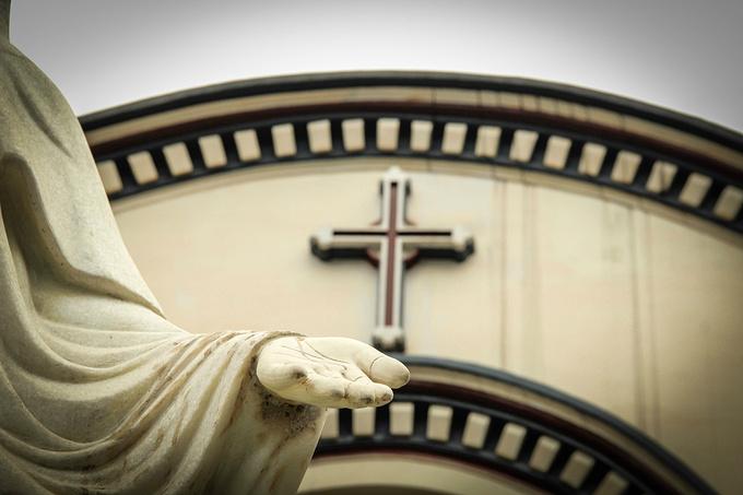 平安桥天主堂图片