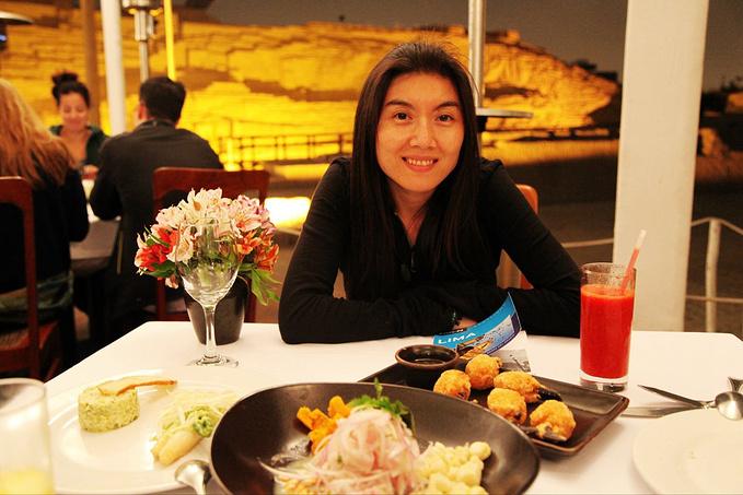 去餐厅吃晚饭图片