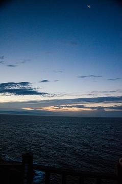 东崖绝壁旅游景点攻略图