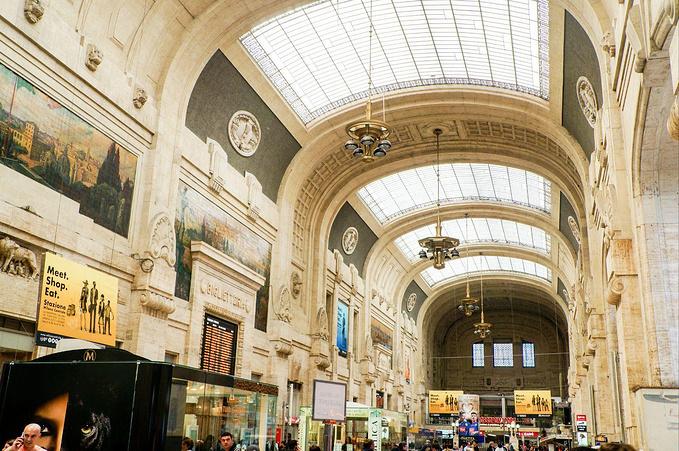 米兰中央火车站图片