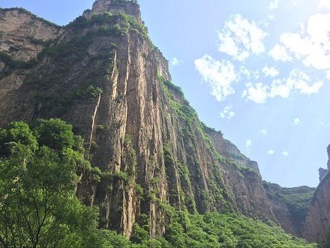 神龙湾生态民俗度假村
