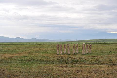 草原石人于岩画旅游景点攻略图