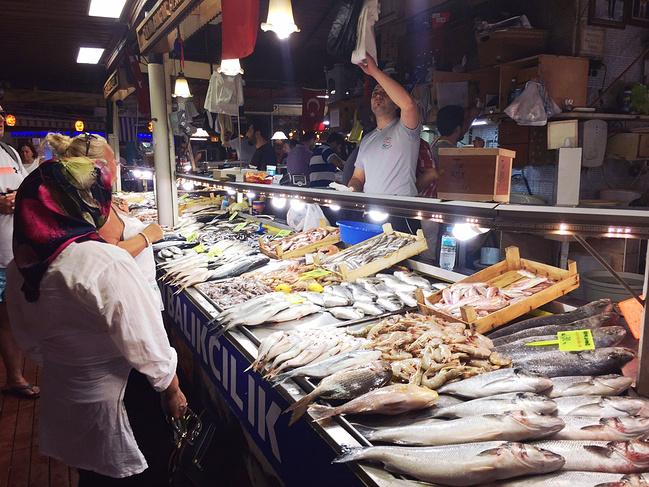 费特希耶鱼市图片