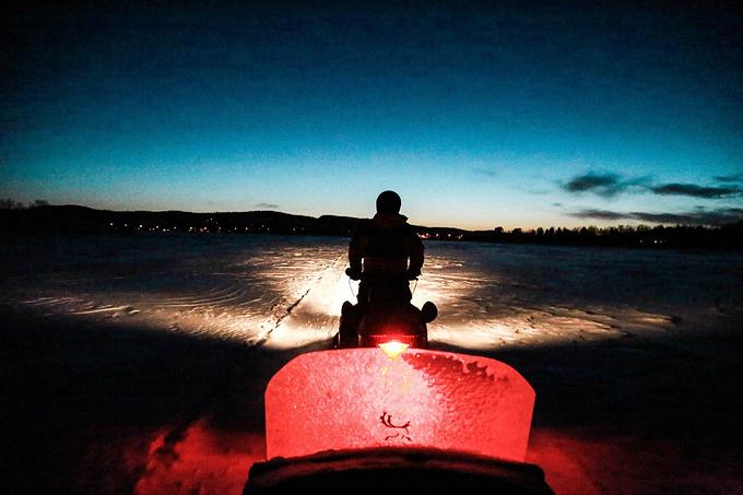 伊纳里湖图片