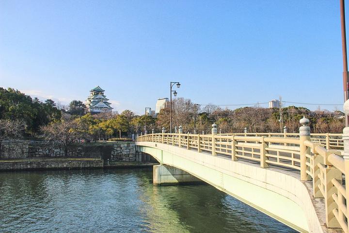 """""""大阪城公园,来到大阪一定会去逛的景点之一,因为公园比较大,建议花小半天时间游玩。_大阪城公园""""的评论图片"""