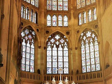 圣彼得天主大教堂旅游景点图片