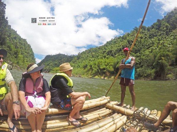 竹筏泛游Navua图片