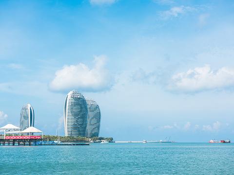 三亚湾旅游景点图片