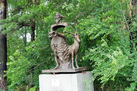美人松雕塑公园旅游景点攻略图
